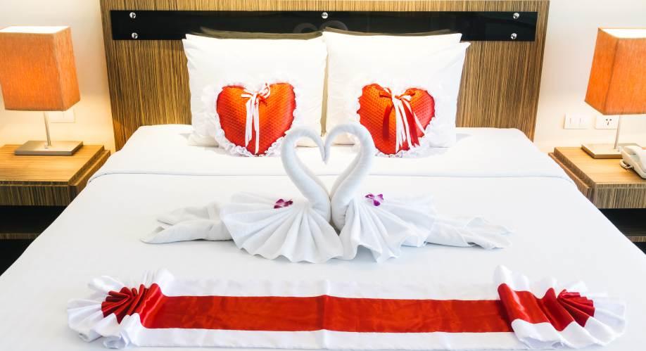 7 Desain Kamar Tidur Romantis Sederhana Minimalis Inthebox